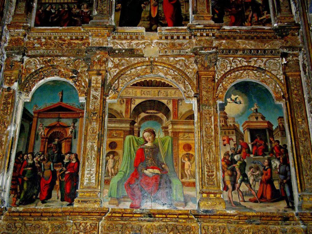 Detalle del seguntino retablo de Santa Librada.
