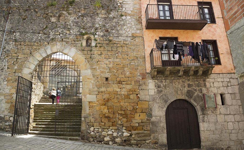 Puebla Vieja de Laredo (Cantabria)