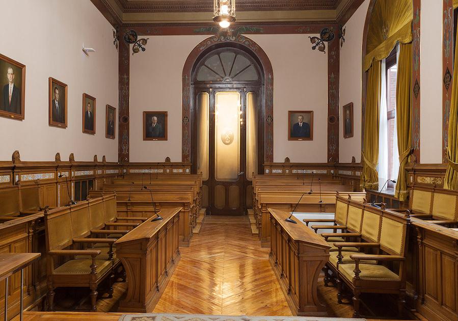 Claustro de Profesores de la ETSI de Minas y Energía de Madrid.